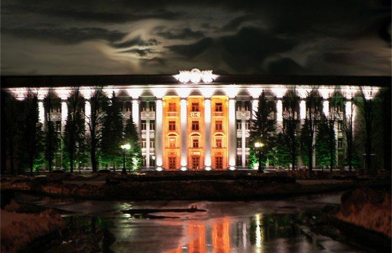 Днепропетровский Южмаш: завод, который сам создал себе имя, фото-1