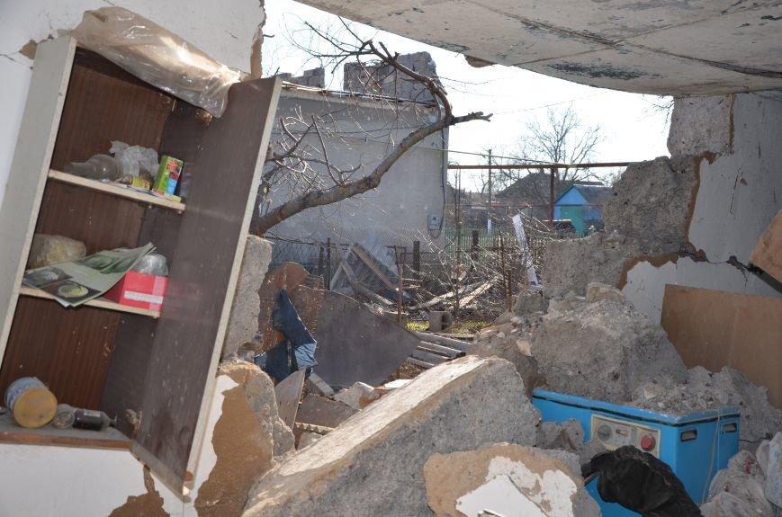 Жизнь под дулом автомата: в прифронтовых селах уже не боятся обстрелов, а дети собирают гильзы (ФОТОРЕПОРТАЖ), фото-43