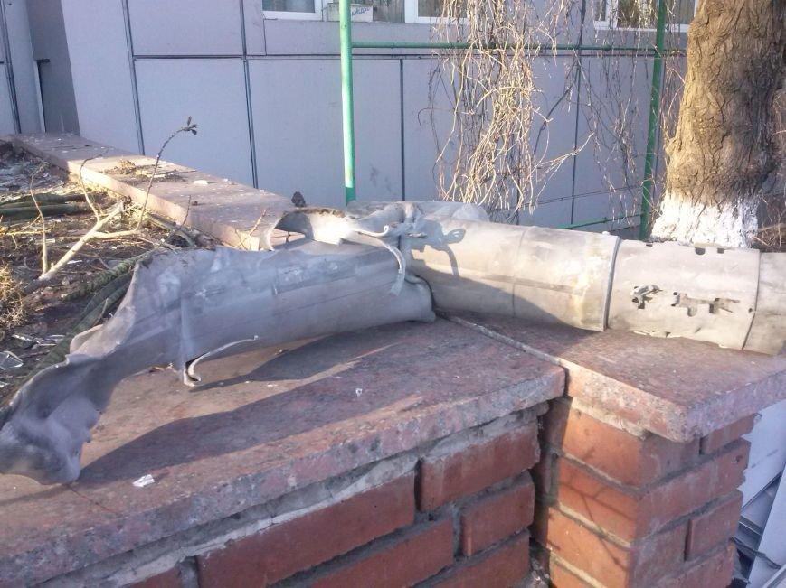 Димитровские спасатели рассказали об Авдеевке: жуткие разрушения и тушение под обстрелами (ФОТО), фото-11