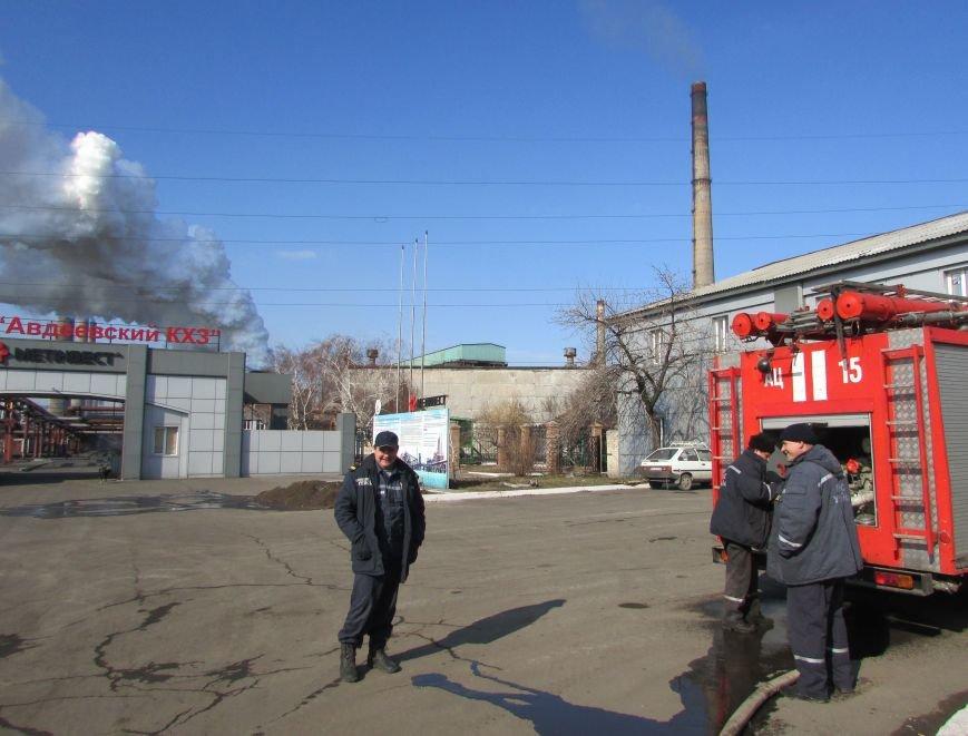 Димитровские спасатели рассказали об Авдеевке: жуткие разрушения и тушение под обстрелами (ФОТО), фото-4