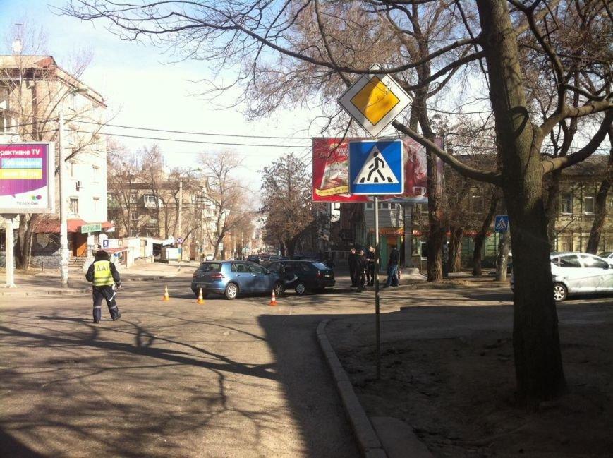 В Днепропетровске произошло ДТП, есть пострадавшие (ФОТО), фото-1