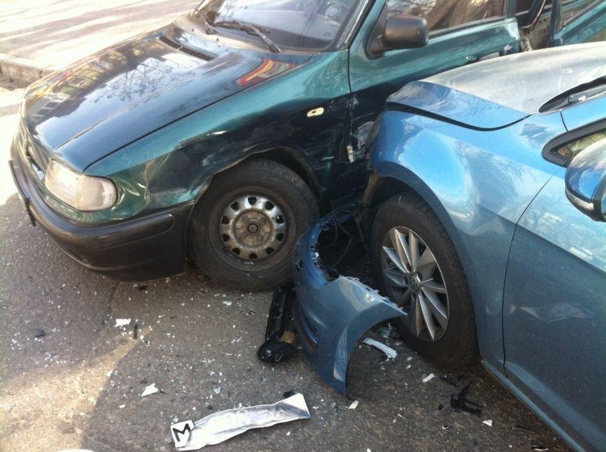 В Днепропетровске произошло ДТП, есть пострадавшие (ФОТО), фото-3
