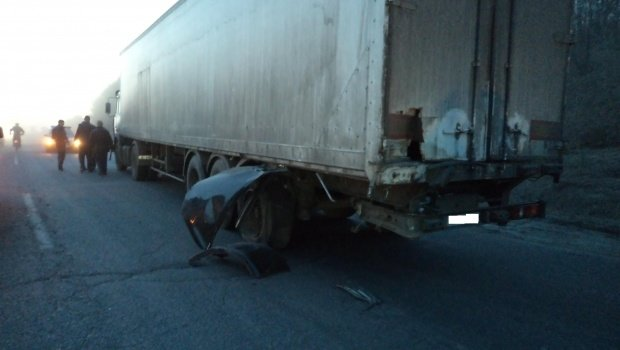 В Полтавской области по вине запорожского лихача погибли милиционер и общественник (ФОТО) (фото) - фото 1