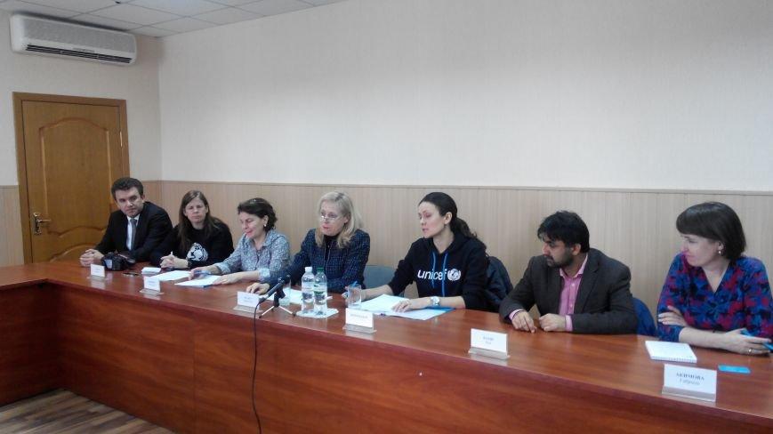 В Краматорск приезжала делегация ЮНИСЕФ (фото) - фото 1