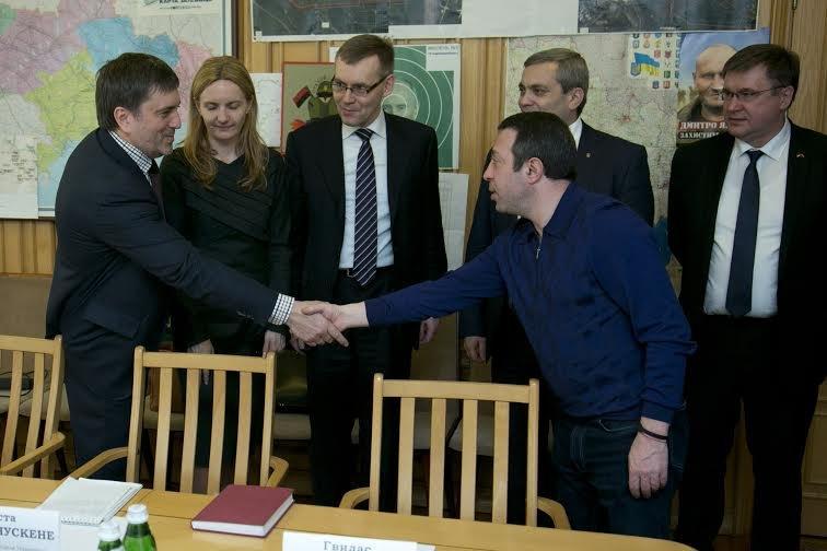 Геннадий Корбан встретился с замминистра иностранных дел Литовской Республики (фото) - фото 1