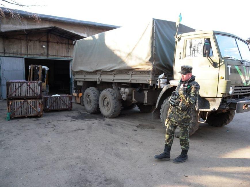 Військові доставили гуманітарну допомогу в міську лікарню Слов'янська (фото) - фото 1