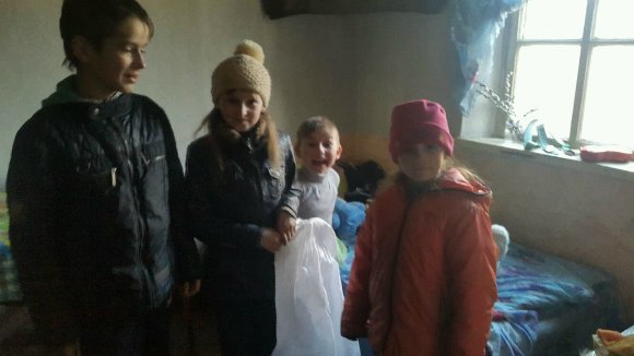 На Кировоградщине школьник-переселенец ходит на уроки с доской. ФОТО (фото) - фото 1
