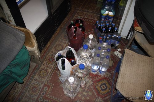 Мариупольские милиционеры изъяли некачественный алкоголь, фото-1