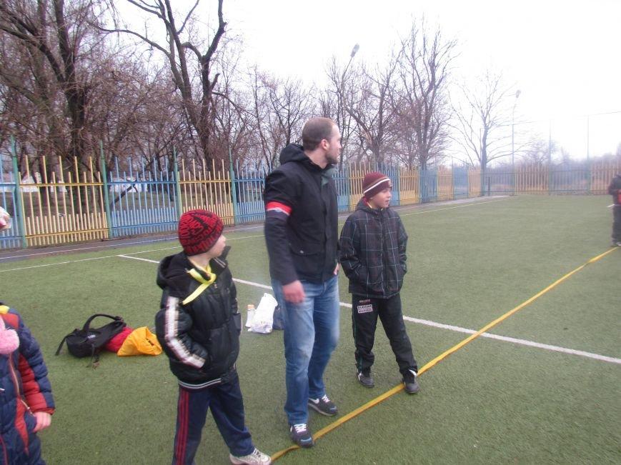 «Правый сектор» и тернопольские волонтеры раздавали конфеты мариупольским детям (ФОТО), фото-9