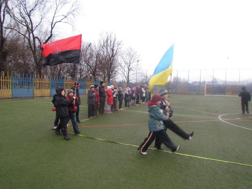 «Правый сектор» и тернопольские волонтеры раздавали конфеты мариупольским детям (ФОТО), фото-5