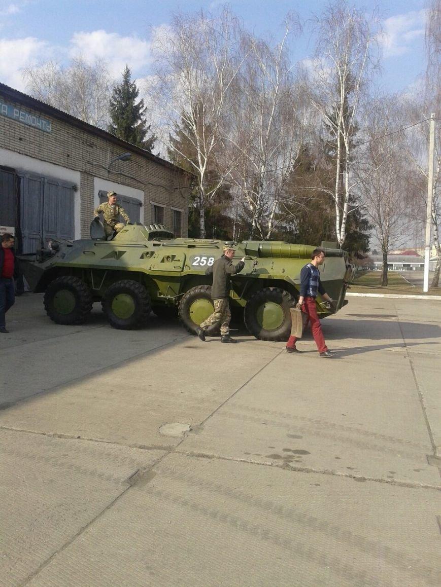 На Львівщині волонтери відремонтують БТР для десантників (ФОТО) (фото) - фото 3
