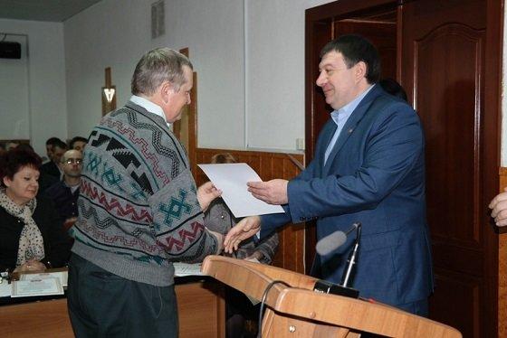 Міська влада відзначила грамотами виконавчого комітету й подяками міського голови кращих комунальників, фото-1
