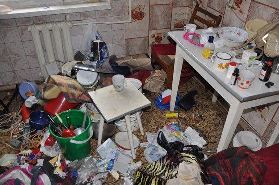 На Полтавщине родители «приучали» свою дочь к наркоторговле (ФОТО) (фото) - фото 1