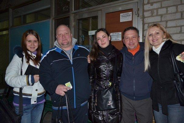 Криворожские рокеры сыграли концерт в больнице для раненых бойцов (ФОТО) (фото) - фото 1