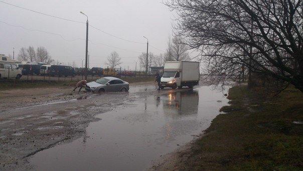 Непростая жизнь черкасских водителей (фото) - фото 1