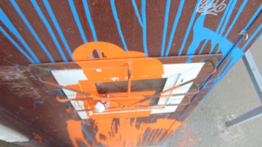 В Мариуполе торговые точки потребовали, чтобы их не замечали (ФОТОФАКТ) (фото) - фото 1