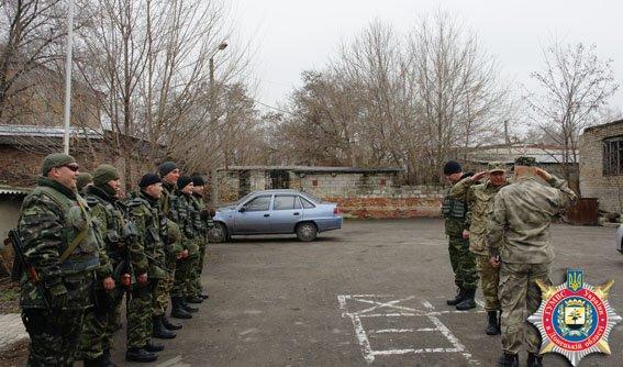 В Авдеевке нести службу будут константиновские правоохранители (фото) - фото 1