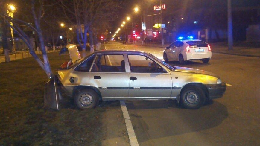 На Киевской ДТП: одна иномарка «подрезала» вторую (фото) - фото 2