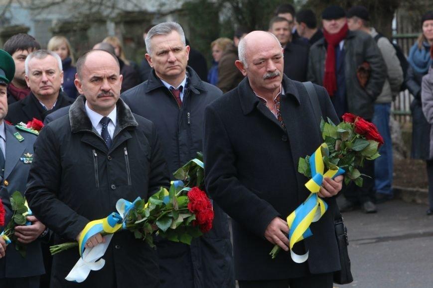 В Ужгороді влада відзначила 76-ту річницю проголошення Карпатської України (ФОТО), фото-3