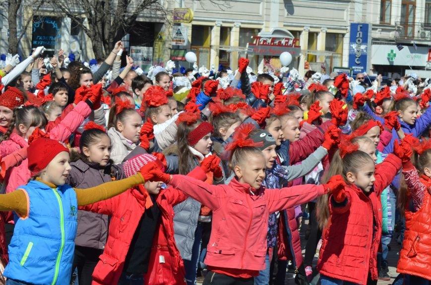 В центре Симферополя прошел детский танцевальный флешмоб (ФОТО, ВИДЕО), фото-3