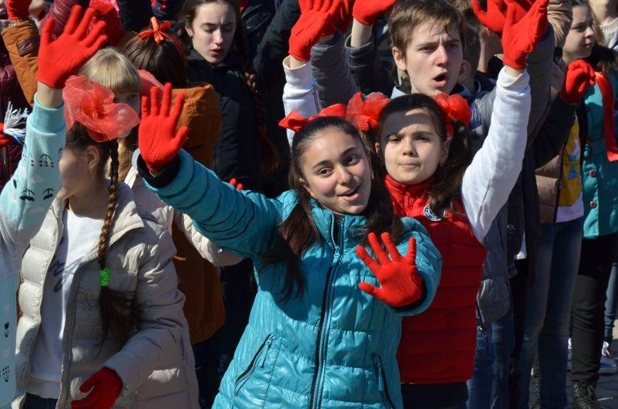 В центре Симферополя прошел детский танцевальный флешмоб (ФОТО, ВИДЕО), фото-9