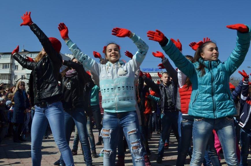 В центре Симферополя прошел детский танцевальный флешмоб (ФОТО, ВИДЕО), фото-7