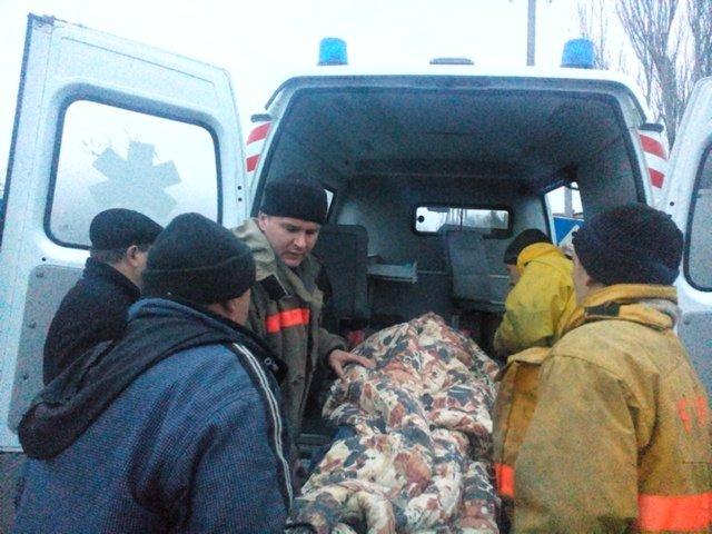 В Мелитополе спасатели вытащили старика колодца (ФОТО) (фото) - фото 1