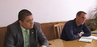 Представители милиции, прокуратуры и Саксаганского райсовета узнали о проблемах криворожан (фото) - фото 1