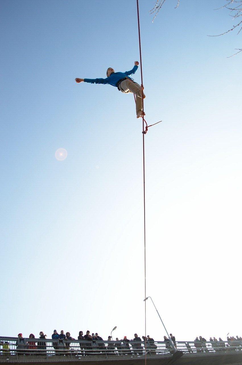 Днепропетровские слэклайнеры снова на высоте (ВИДЕО) (фото) - фото 2