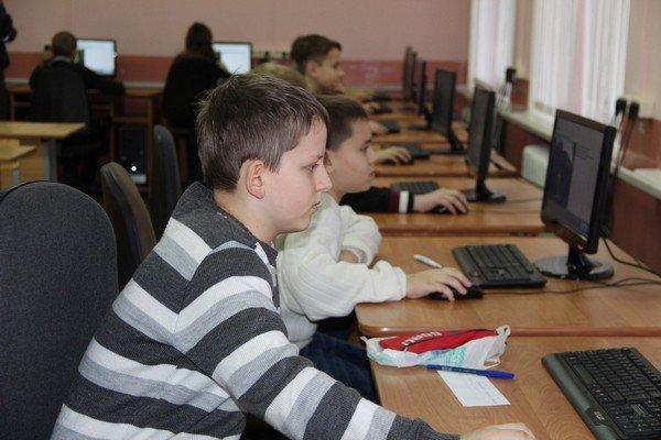 В Гродно прошла олимпиада среди детей по знанию ПДД (фото) - фото 1