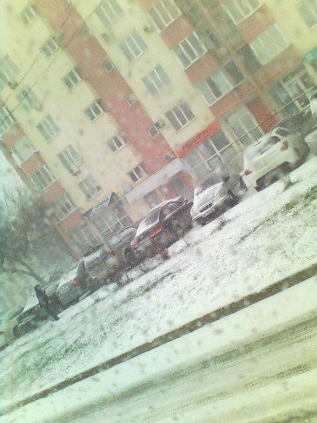 Весна в Крыму сменилась штормовой зимой (ФОТО, ВИДЕО) (фото) - фото 2