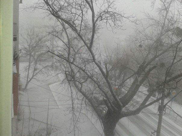 Весна в Крыму сменилась штормовой зимой (ФОТО, ВИДЕО) (фото) - фото 5