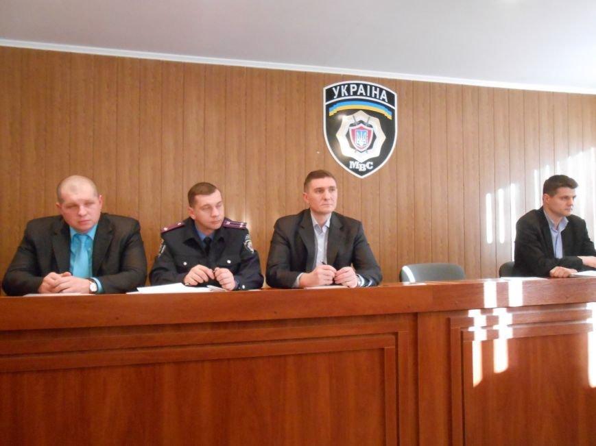 Днепродзержинское городское управление милиции предоставило гражданам недельный отчёт (фото) - фото 2