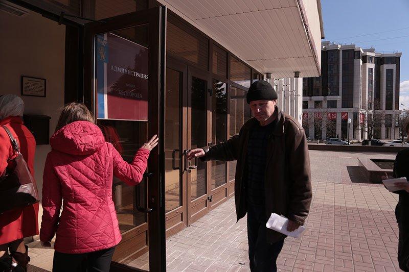 В Белгороде жильцы нерасселённого дома под снос по улице Победы прекратили голодовку, фото-3