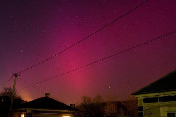 Над Тернополем з`явилось полярне сяйво (фото) (фото) - фото 1