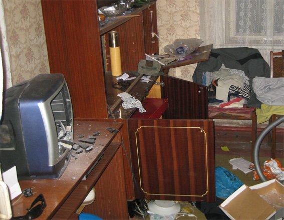 Задержан житель Кировоградской области, подозреваемый в совершении грабежа и краж (фото) - фото 1