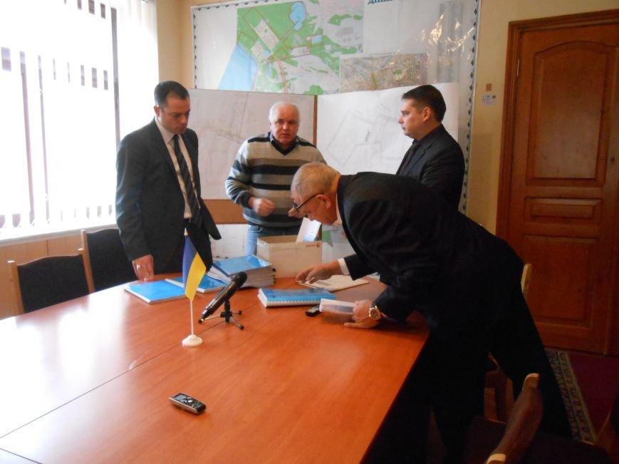 В Днепродзержинске свалку заменят специально оборудованным полигоном (фото) - фото 2