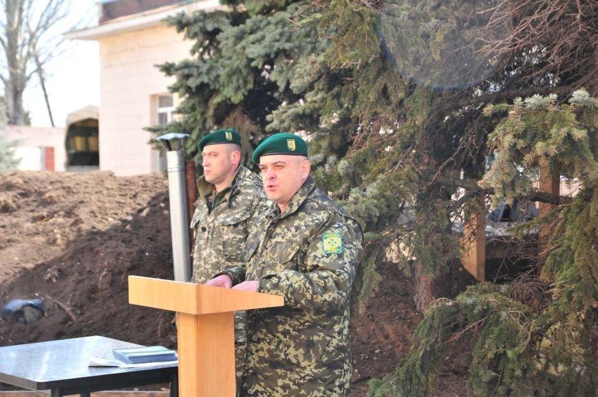 Прощай, оружие! Мариупольских пограничников демобилизовали (ФОТО), фото-5
