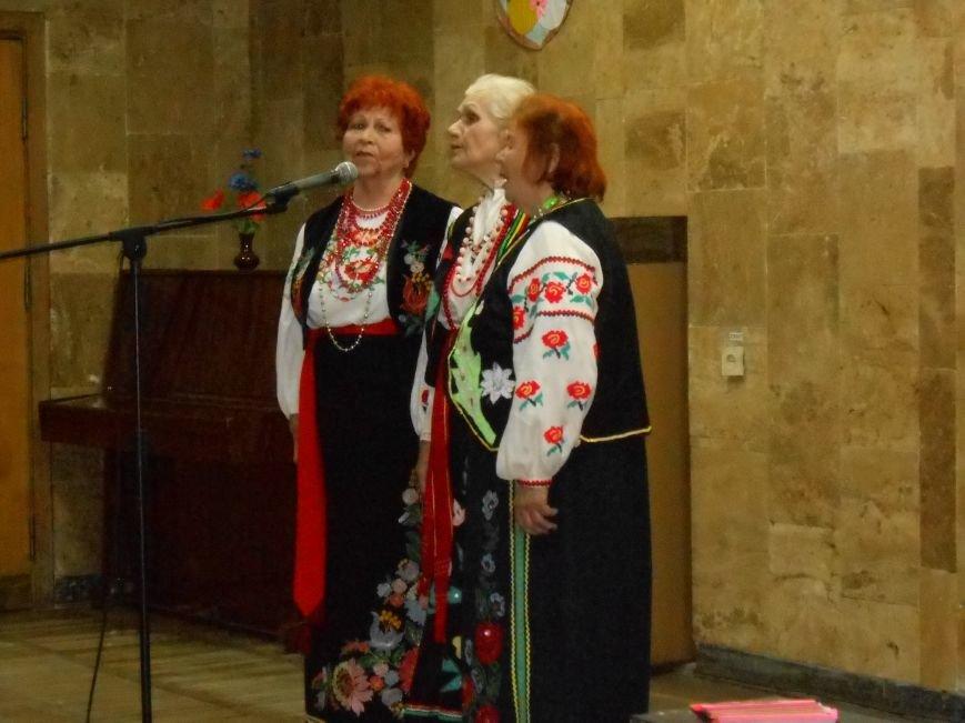 В Днепродзержинском историческом музее прошли весенние посиделки (фото) - фото 1