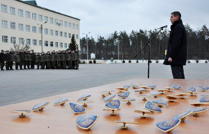 Понад півсотні одинадцятикласників із усієї Черкащини отримали відзнаки «Відмінник Захисту Вітчизни» (фото) - фото 4