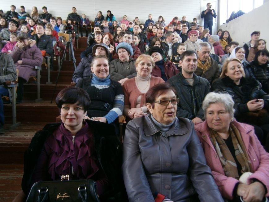 В Димитрове прошел концерт музыкальной школы в рамках благотворительной акции (ФОТО) (фото) - фото 4