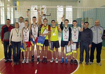 Зимовий чемпіонат України з пляжного волейболу серед юнаків 17 років приніс і золото, і бронзу (фото) - фото 1