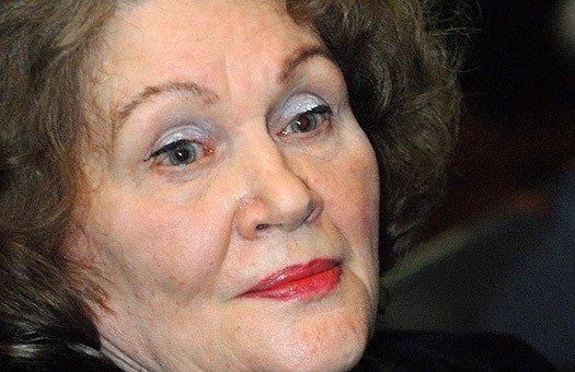 Сьогодні Ліни Костенко відзначає 85-річчя (фото) - фото 1