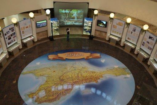 Глава Симферополя прибыл с визитом в Петербург и увидел Крым (фото) - фото 1