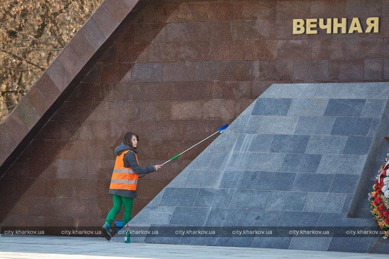 К Пасхе в Харькове приведут в порядок 23 кладбища (ФОТО) (фото) - фото 1