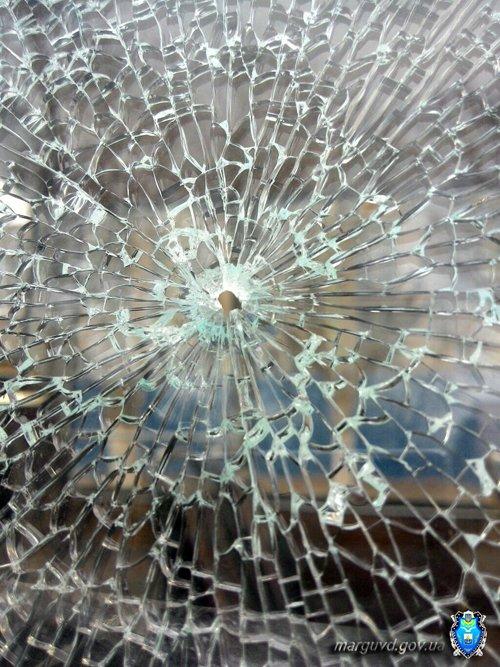 В Мариуполе неизвестные обстреляли маршрутку (ФОТО), фото-1