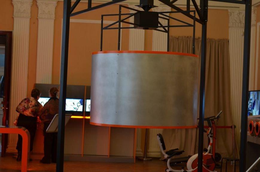 Симферопольцы могут почувствовать себя космонавтами на уникальной выставке (ФОТО), фото-2
