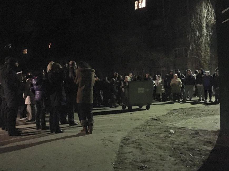 В Киеве охрана стройплощадки применила к активистам оружие (ФОТО) (фото) - фото 1