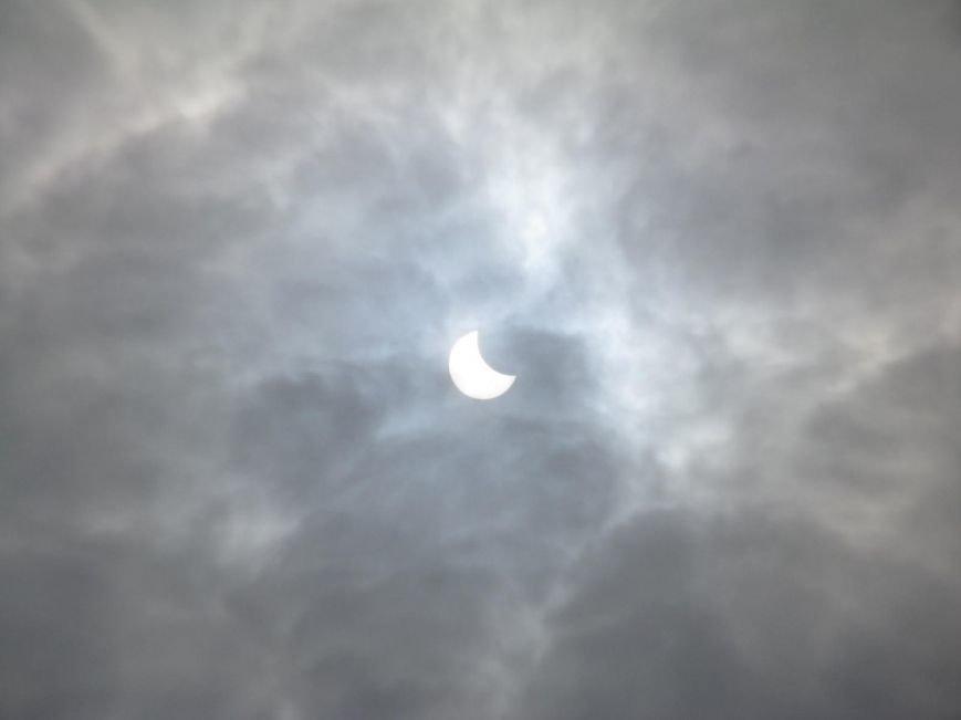 Солнечное затмение в Кременчуге (ФОТО) (фото) - фото 1