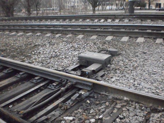 Проделки днепродзержинского вора могли привести к аварии на железной дороге (фото) - фото 1